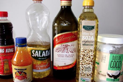 diferentes óleos culinários vegetais